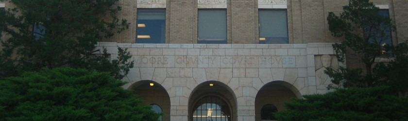 Photo of the front of the courthouse in Moore County, Texas